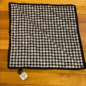 NWT- Men's Warehouse Checkered Pocket Square